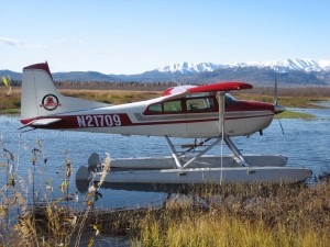 float-plane-on-lake